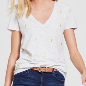 Merona lemon embroidered light grey v-neck tee XXL